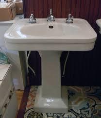 vintage pedestal sink. Perfect Vintage In Vintage Pedestal Sink L