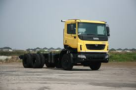 tata motors launches heavy duty tipper