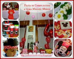 Compleanno bambini: festa a tema minnie mouse! sulla scrivania
