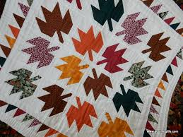 Fall Quilts and Decor | A Quilting Life - a quilt blog & This year I decided to make a list of fall decor items I want to make (and  maybe I'll even get a few made in time to use this year). The first quilt  ... Adamdwight.com