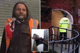 First picture of man found dead in Manchester canal on Boxing Day morning -  Mirror Online