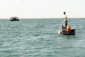 u s department of defense photo essay   i fishermen pull in their nets after being warned by sailors riverine squadron 1