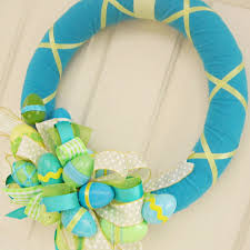 easter wrap and bow tutorial for 40 more diy wreath ideas