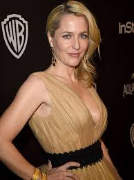 After beginning her career in theatre, anderson ach. Gillian Anderson Shuts Down Plastic Surgery Rumors Says Claims Are B People Com