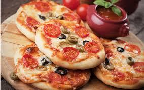 Sebzeli Mini Pizza Tarifi