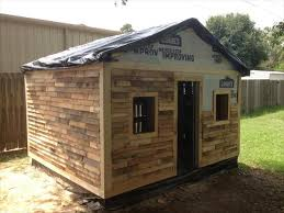 DIY Pallet House, Barn and Playhouse Plans | 99 Pallets