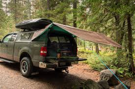 Tarp Tips: Quick Shelter for Rain, Wind or Saving Weight   Co-op ...