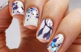 La moda indica que unas uñas metalizadas son uñas elegantes que muestran distinción desde todo punto de vista. Pin En Unas Decoradas