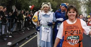 london marathon 1999 alice in wonderland along embankment with owen feeling the heat but john still has his gloves on