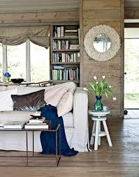 stylish coastal living rooms ideas e2. Coastal Chic Wall Decor And Window Treatment Stylish Living Rooms Ideas E2