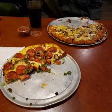 photo of round table pizza clubhouse rocklin ca united states