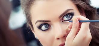 wear gles 1950s eye makeup you how to do eyes makeup at homehow apply eye liner