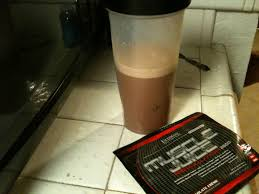 so i got this sle from ultimate nutrition flavor chocolate smell 5 10 texture mixability 7 10 taste 6 10 overall 6 10 muscle juice revolution