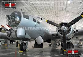 boeing b 17 flying fortress four engined heavy bomber aircraft
