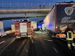Incidente camion autostrada A1 18 ottobre