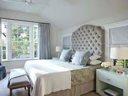 I think light gray walls are so pretty with neutral furniture when you have  lots of