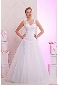 Brautkleider Brautmode Hochzeitskleider F R Kleine Zierliche Hochzeitskleider Damen