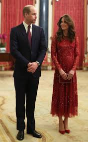 Kate Middleton, già regina a Buckingham Palace, e gli altri ...