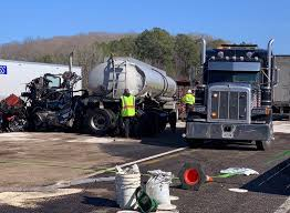 Drivers killed in collision involving two-semis in Hickman County ...