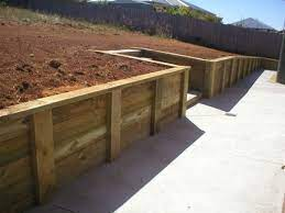 retaining wall ideas new and recycled