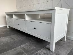 Sie können diese mit abstufungen in grau ergänzen und im raum mit. Ikea Hemnes Kommode Tv Schrank Weiss Wohnzimmer In Schleswig Holstein Kattendorf Ebay Kleinanzeigen