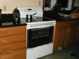 top complaints and reviews about kitchenaid stoves ovens superba selectra oven glass explosion while we were at the bedroom my daughter heard a noise coming from the kitchen it was like a loud crack