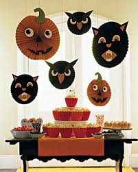 10 Cool And Easy Halloween Crafts To Make With Kids  KidsomaniaCool Halloween Crafts