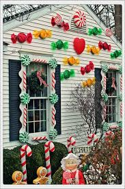 Candy Cane House Decorations Candy House Decorations Pinteres 27