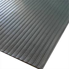 rubber cal wide rib corrugated rubber roll floor mat 180 x 36 x 0 13 in