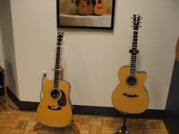 taylor wood guitar stand