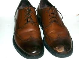 how to repair scratched leather how to fix scuffed leather how to fix scuffed leather shoes