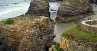 Playa de Las Catedrales | Beaches in the world, Famous beaches, Beautiful  spots