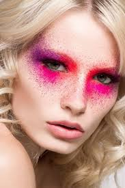color splash eyeshadow look so awesome definitely wanna try this makeup inspiration artistic in 2019 colorful makeup makeup makeup photography