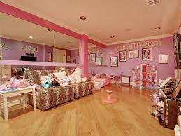 mansion bedrooms for girls. Bedroom : Mansion Bedrooms For Girls Terracotta Tile Wall Mirrors Lamp Shades