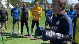 Inter, Conte e Lautaro fanno a botte in allenamento - VIDEO