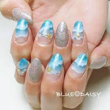 夏海リゾート変形フレンチラメ Blue Daisyのネイルデザインno