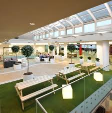 Office interior decor Professional Office Office Cafeteria Indiamart Inspiring British Office Interior Design At Rackspace Idesignarch