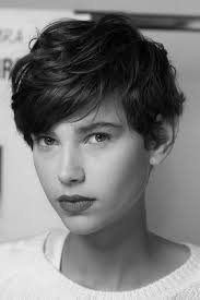 Charming short red hairstyles ideas Highlights Curly Pixie Haircuts Closet Couture 30 Stunning Curly Straight Pixie Haircuts For 2018 Styles Weekly