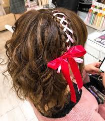リボン編み込みのヘアアレンジのやり方はハーフアップやショートも Cuty