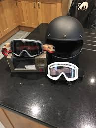 biltwell retro cafe racer bobber style helmet size large with two pairs of goggles