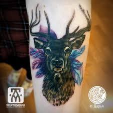 татуировка олень на руке метла тату