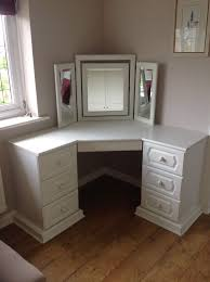 Corner Dressing Table 30 Pictures :