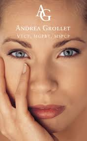 andrea grollet is a specialist in semi permanent makeup micropigmentation for eyebrows