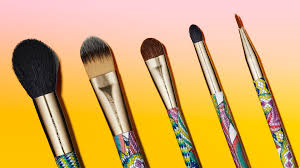 the 5 coolest under 20 makeup brush sets to insram right now