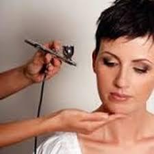 photo of pro makeup artist beth ann mcivor winnipeg mb canada airbrush
