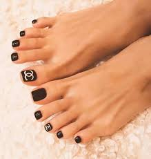 Black White Toe Nail Designs Pin By Tamy Cooper On Fashion Toe Nails Pretty Toe Nails