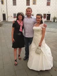 žena In Klárčina Svatba Pohledem Módní Policie