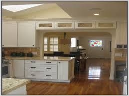 Mission Style Cabinets Kitchen Wellborn Cabinets Cabinetry Cabinet Manufacturers Kitchen Cabinets