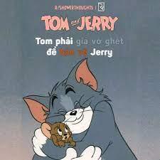 Tom và Jerry là bạn thân của nhau. Nhưng Tom phải giả vờ ghét Jerry để bảo  vệ (Jerry) để người chủ của Tom không thay thế (Tom) bằng một con mèo