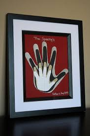 Handprint art winnbag | Fathers day crafts, Family hand prints, Crafts
